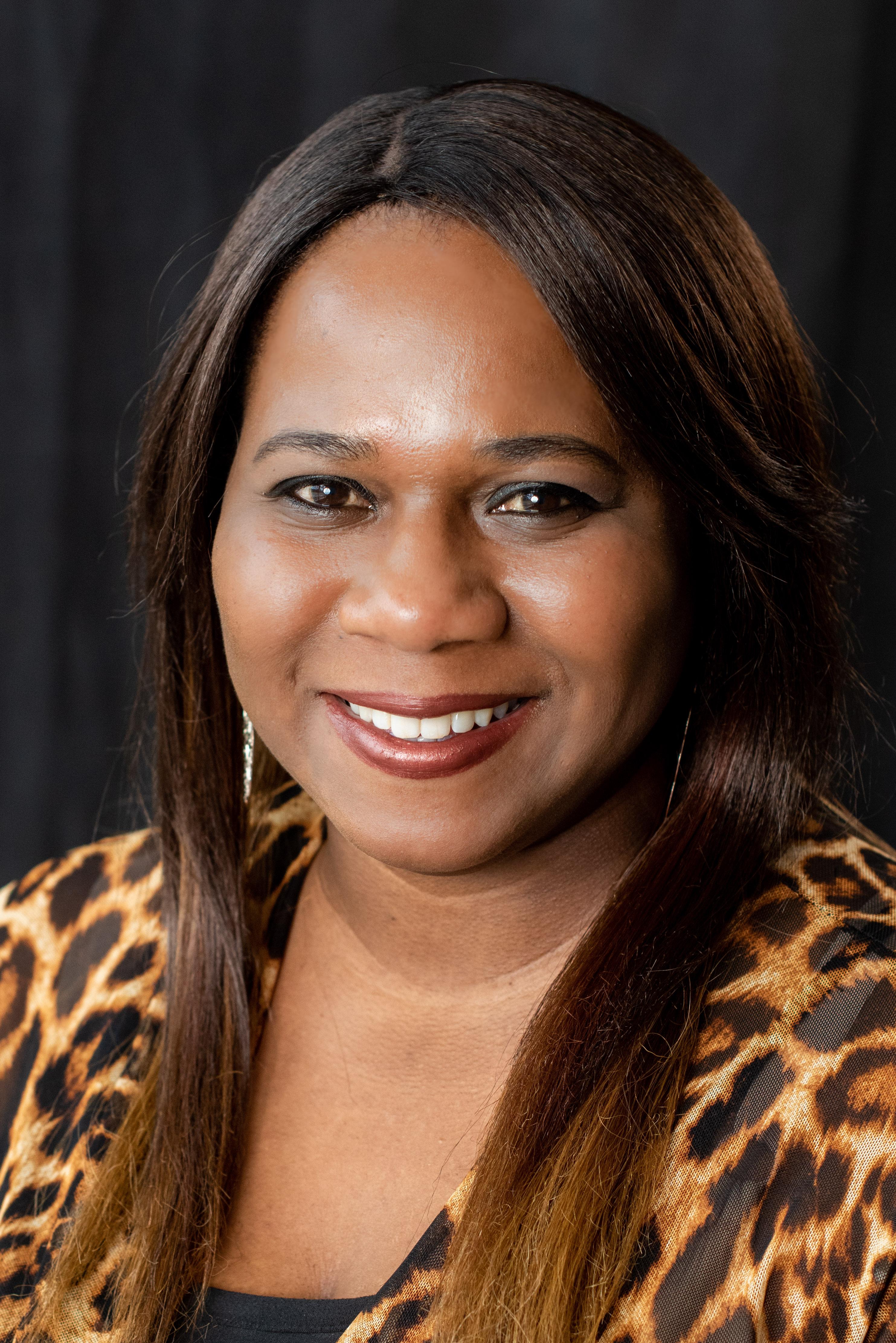 Octavia Campbell : Inside Sales Consultant